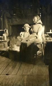 """Aunt Happy (Aunt Sally Creech) and her 'Leastest' (Brit Wilder).""[D2_06_rittenhouse_catherine025_mod]"