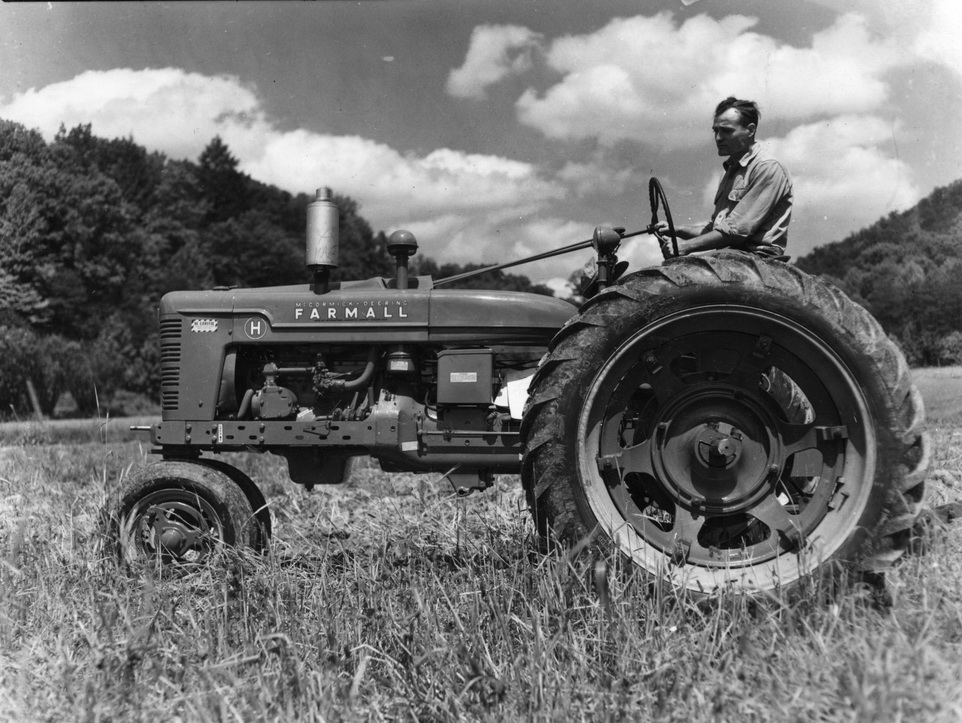 Joe Bramlett Album - Farm Manager, William Hayes, on new Farmall tractor, 1945. (Photo by Arthur Dodd) [bram_-27.jpg]