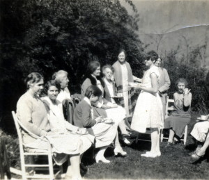 Tea on the lawn at Zande House [Dogwood Breakfast ?] , 1930. (l. to r.) Sally Loomis, a visitor Miss Taylor, Dr. Alfreda Withington, Miss Burbrick, Mrs. Burns, Miss Melville, Mrs. Barti..., Miss McDavid, Mrs. Bo... X_100_workers_2541.jpg