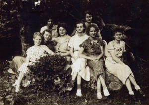 1937. The Pine Mountain Settlement School Octet. Left to right: Lucille Christian ; Fern Hall ; Lela Christian ; Nan Milan ; Georgia Ayers ; Ruth Christian ; Joan Ayers ; Bonnie Ayers [octet_01a001_mod.jpg]