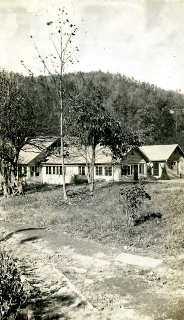 """Pine Mountain Settlement School. 1923 - 4- 5. - Laurel House, view from distance. nesb_073_mod.jpg"