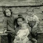 Brown family of 4 children.