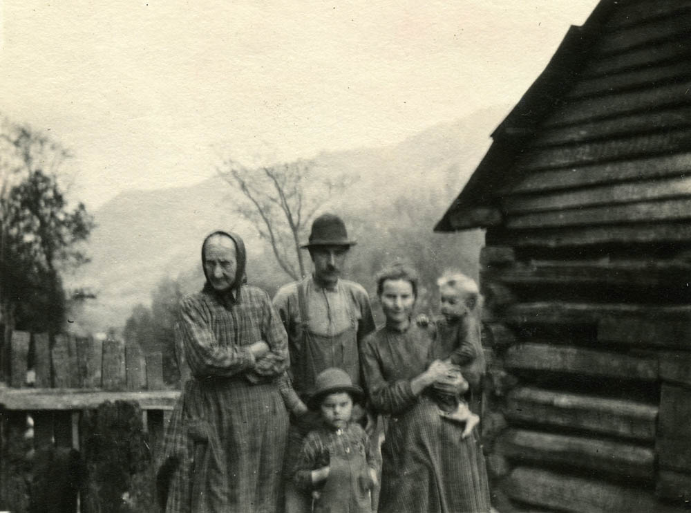 photograph of the Day Family