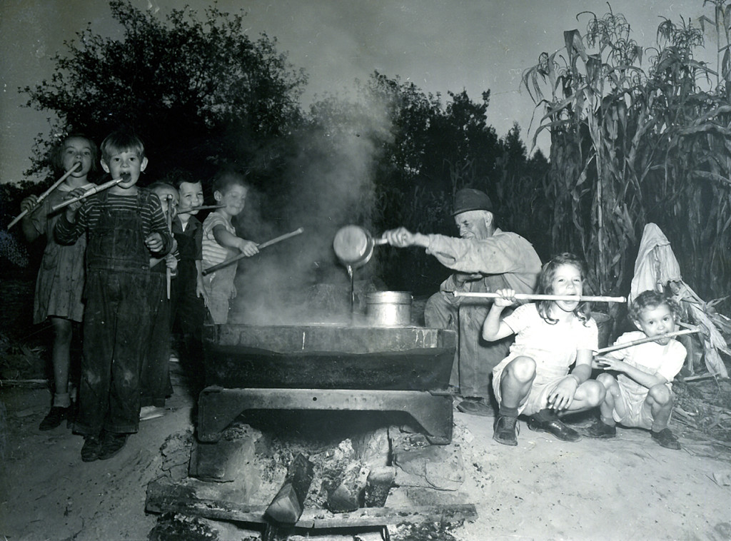 Children's Stiroff - Mable and Ralph Cornett, Helen and Steve Hayes, David Barry, Mr. Creech, Kathy Barry, Elizabeth Dodd. September, 1946. nace_1_047a.jpg